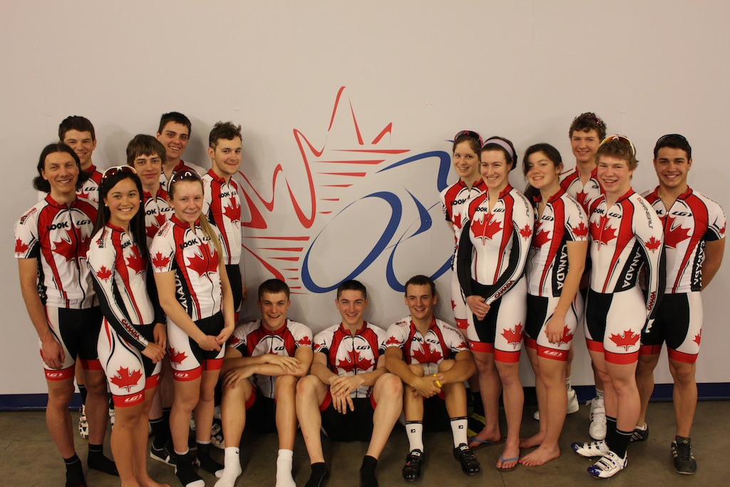 Junior track team with an eye to the 2015 pan american games